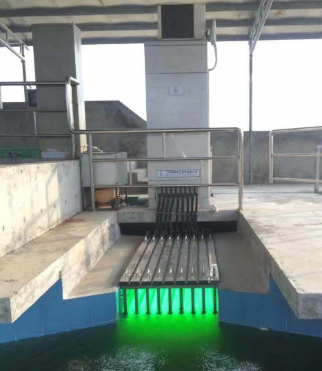 waterproof uvc germicidal light auto-cleaning for industry dirty water discharged LiangYueLiang-8